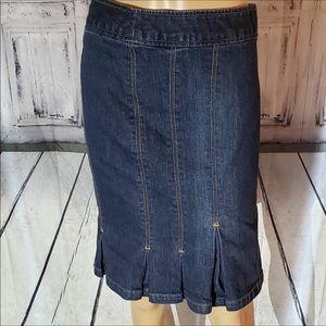 The Limited Denim Jean Skirt. Straight. NWOT. Sz 8